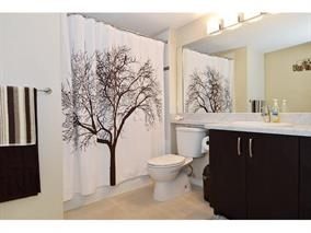 Condo Apartment at 209 3050 DAYANEE SPRINGS BL BOULEVARD, Unit 209, Coquitlam, British Columbia. Image 6