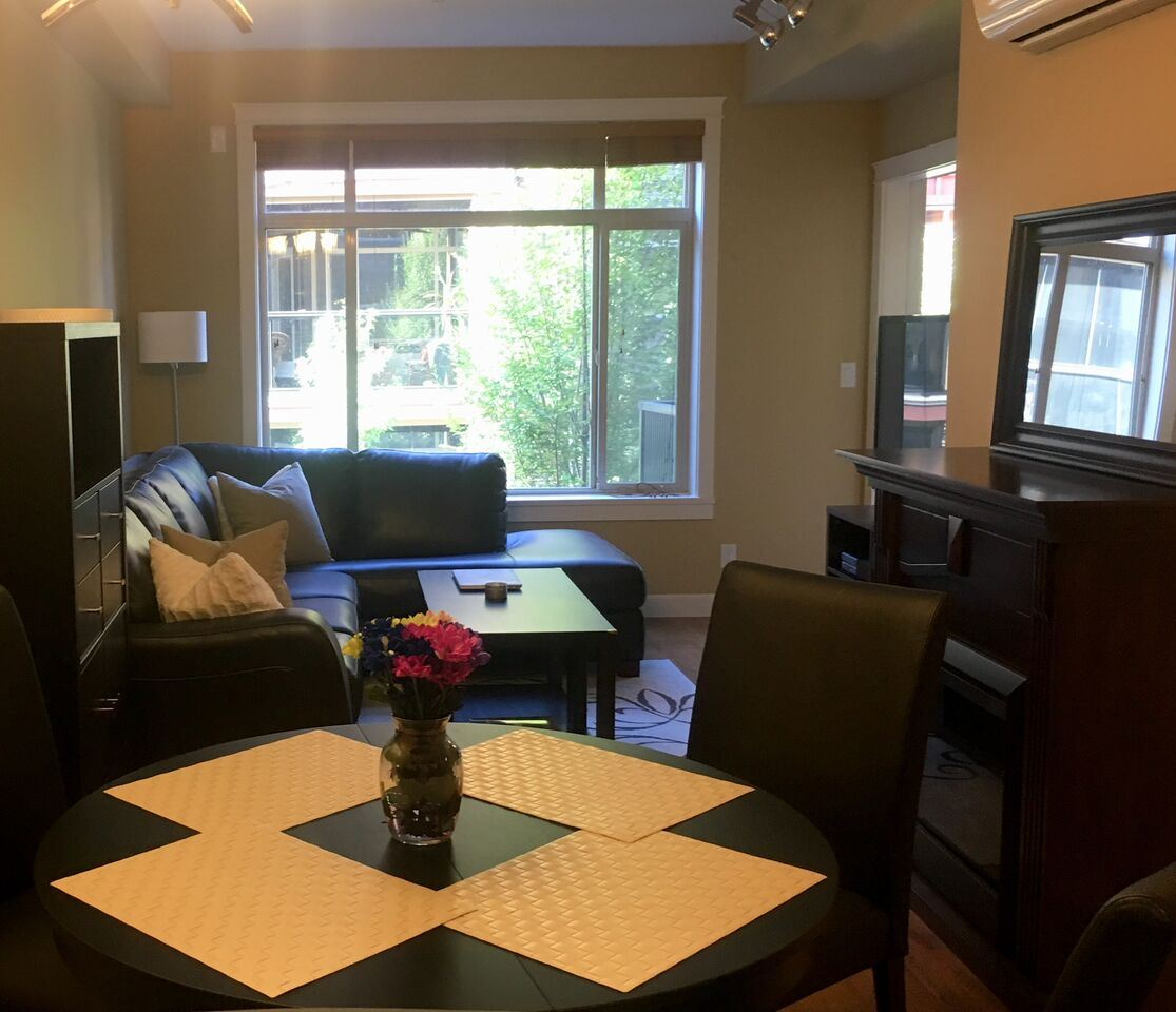 Condo Apartment at 261 8258 207A STREET, Unit 261, Langley, British Columbia. Image 2