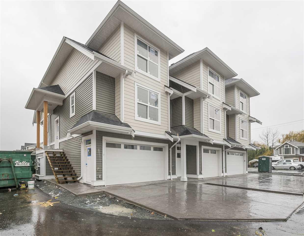 Townhouse at 4 45395 SPADINA AVENUE, Unit 4, Chilliwack, British Columbia. Image 1