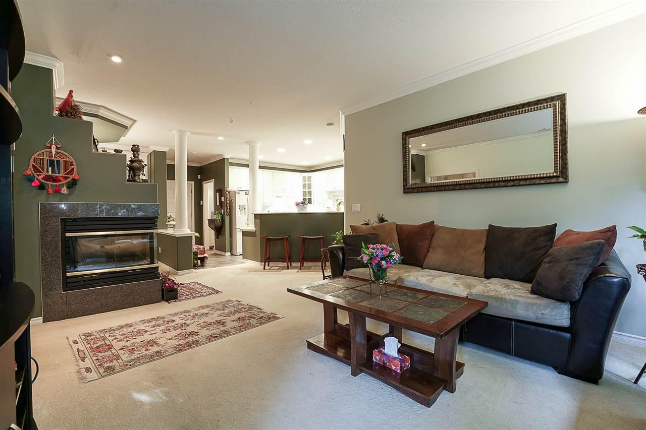 Condo Apartment at 214 3280 PLATEAU BOULEVARD, Unit 214, Coquitlam, British Columbia. Image 8