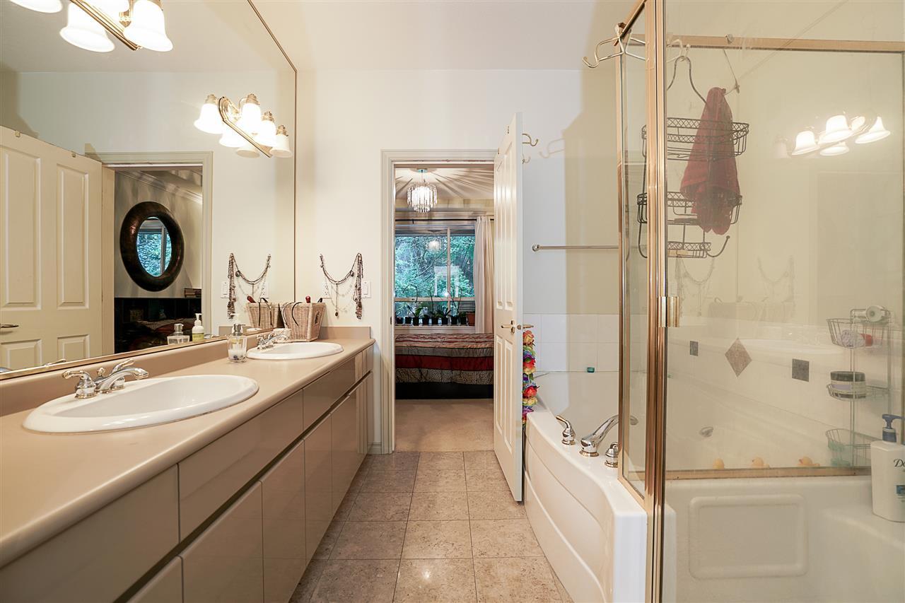 Condo Apartment at 214 3280 PLATEAU BOULEVARD, Unit 214, Coquitlam, British Columbia. Image 15