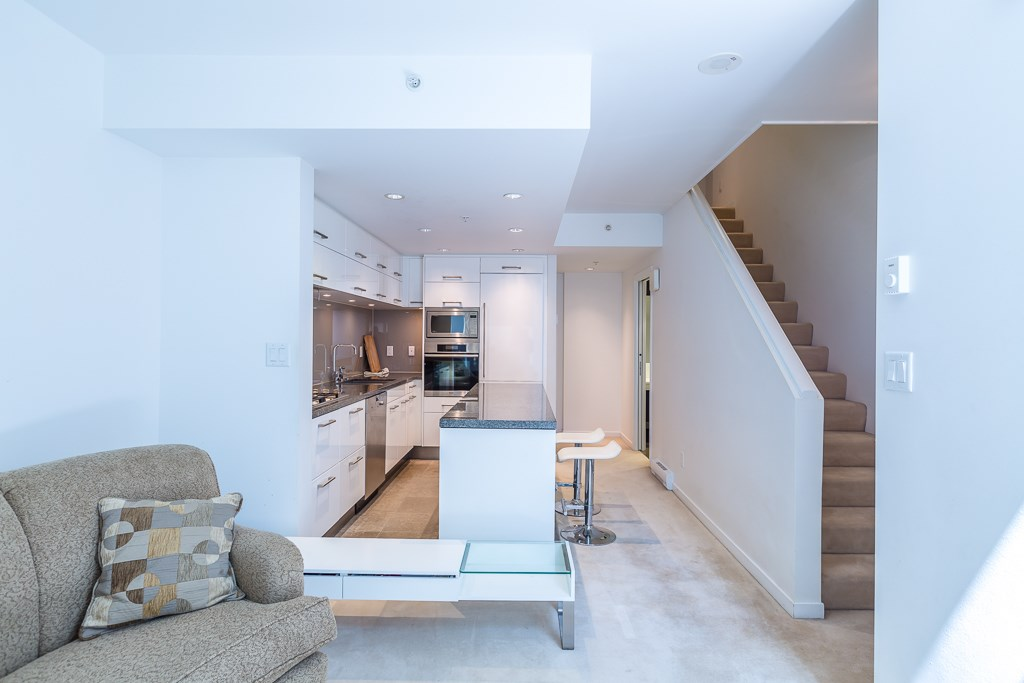 Townhouse at 5987 WALTER GAGE ROAD, Vancouver West, British Columbia. Image 3
