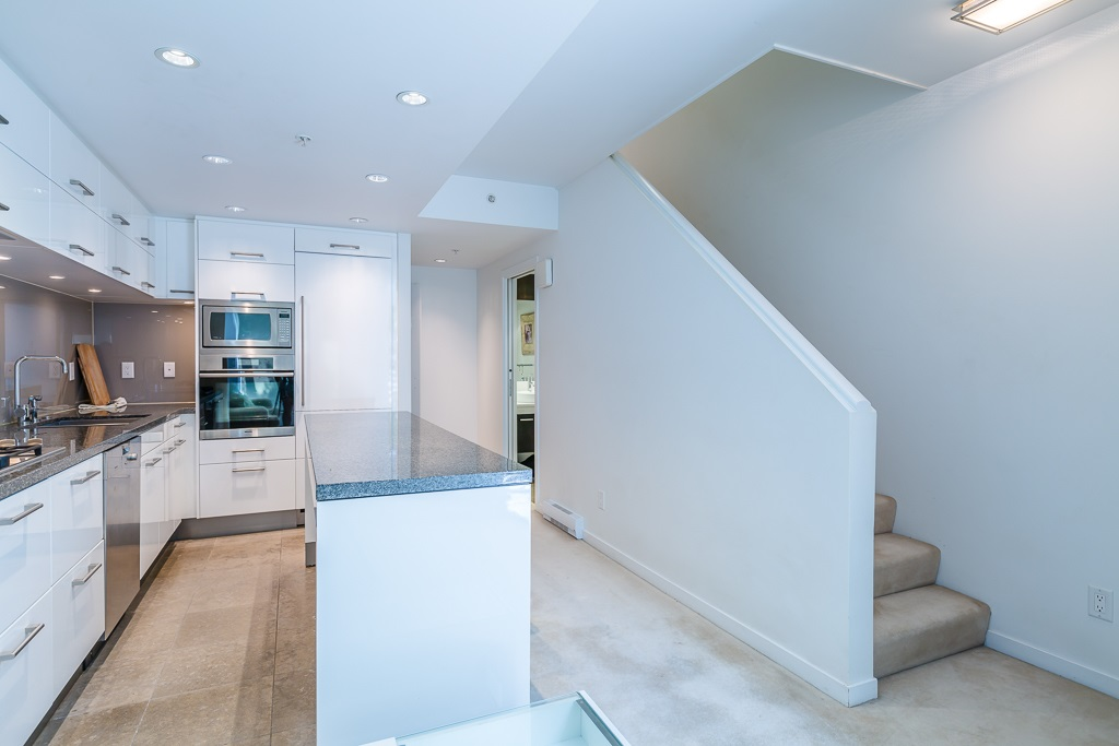 Townhouse at 5987 WALTER GAGE ROAD, Vancouver West, British Columbia. Image 9