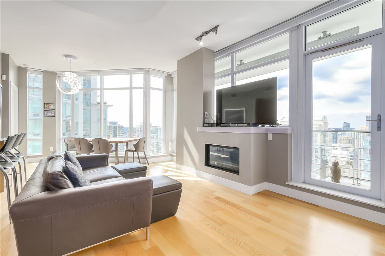Condo Apartment at 2801 565 SMITHE STREET, Unit 2801, Vancouver West, British Columbia. Image 1