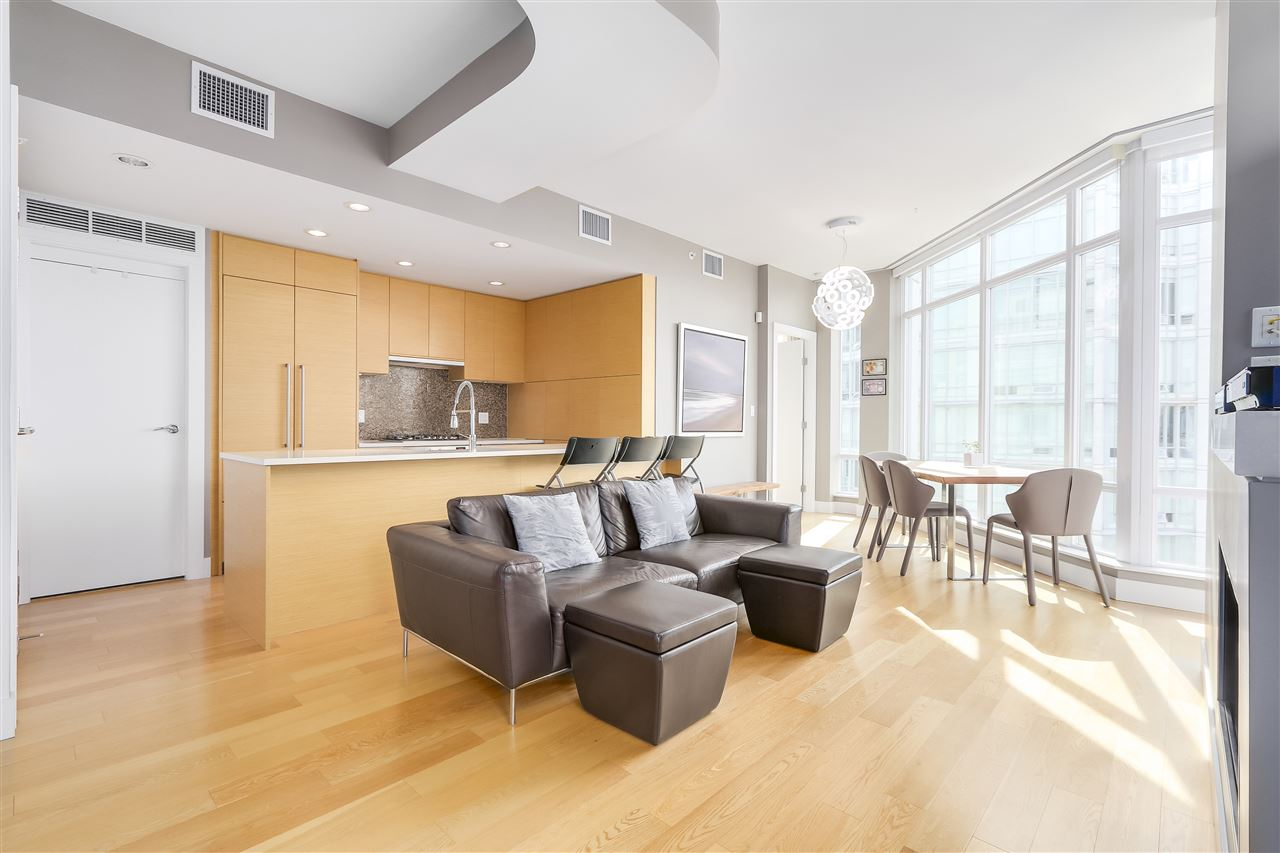 Condo Apartment at 2801 565 SMITHE STREET, Unit 2801, Vancouver West, British Columbia. Image 2