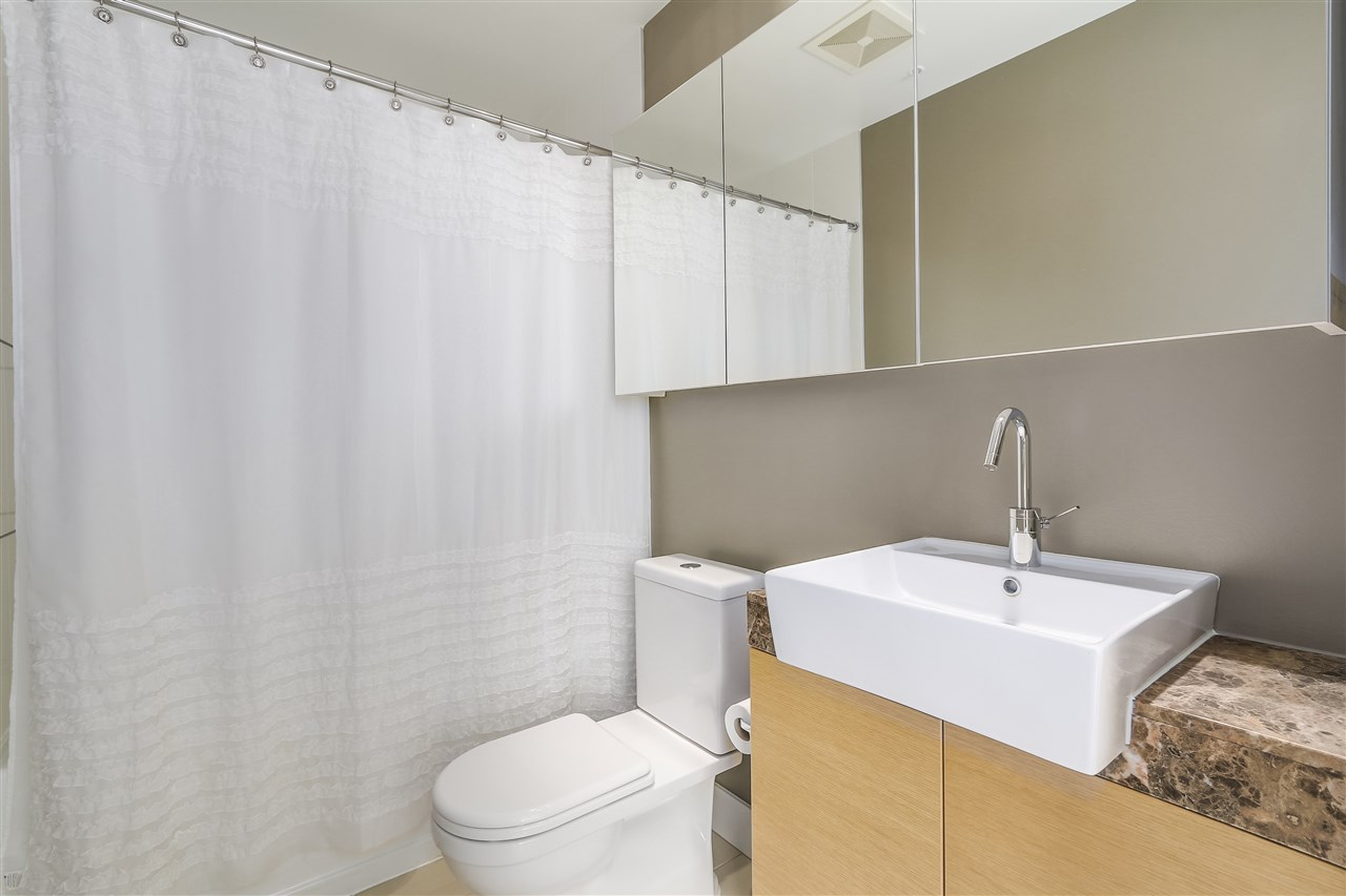 Condo Apartment at 2801 565 SMITHE STREET, Unit 2801, Vancouver West, British Columbia. Image 8