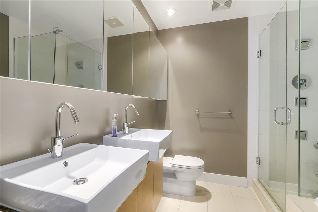 Condo Apartment at 2801 565 SMITHE STREET, Unit 2801, Vancouver West, British Columbia. Image 11