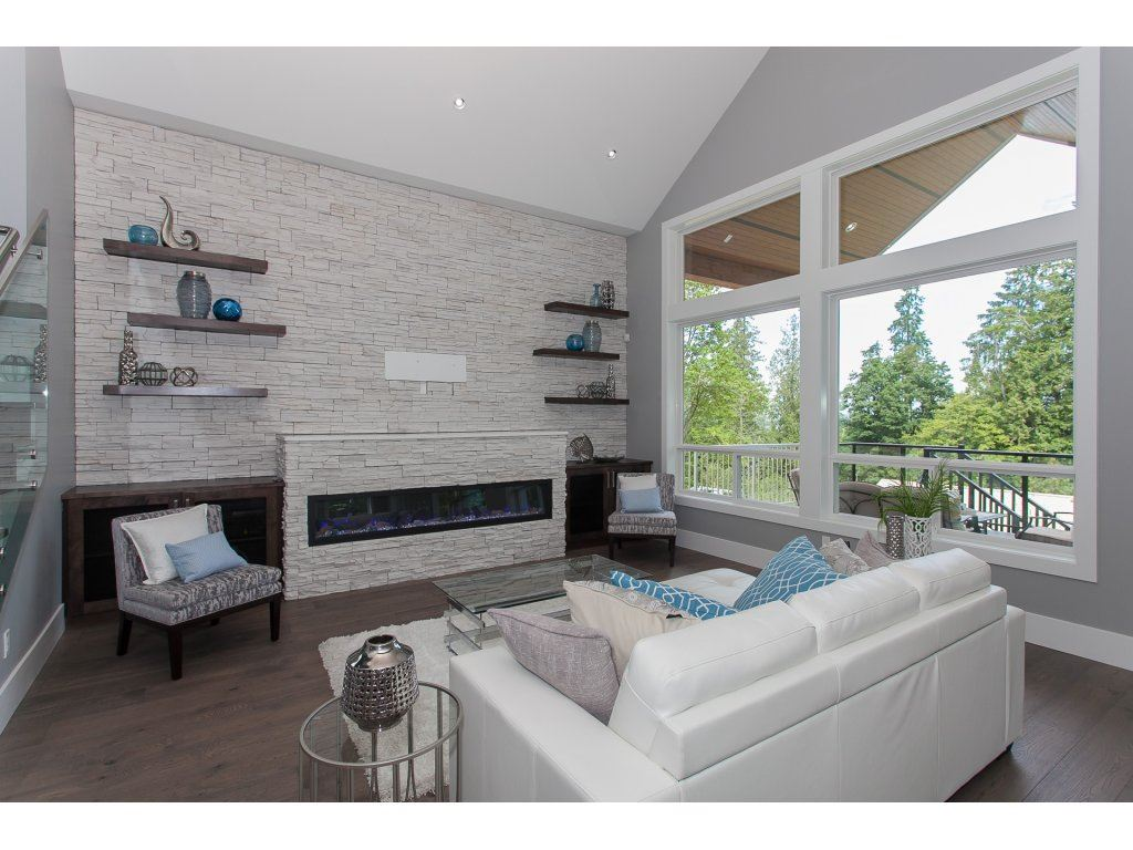 Detached at 16739 MCNAIR DRIVE, South Surrey White Rock, British Columbia. Image 3