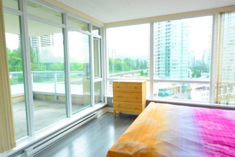 Condo Apartment at 1003 2133 DOUGLAS ROAD, Unit 1003, Burnaby North, British Columbia. Image 3