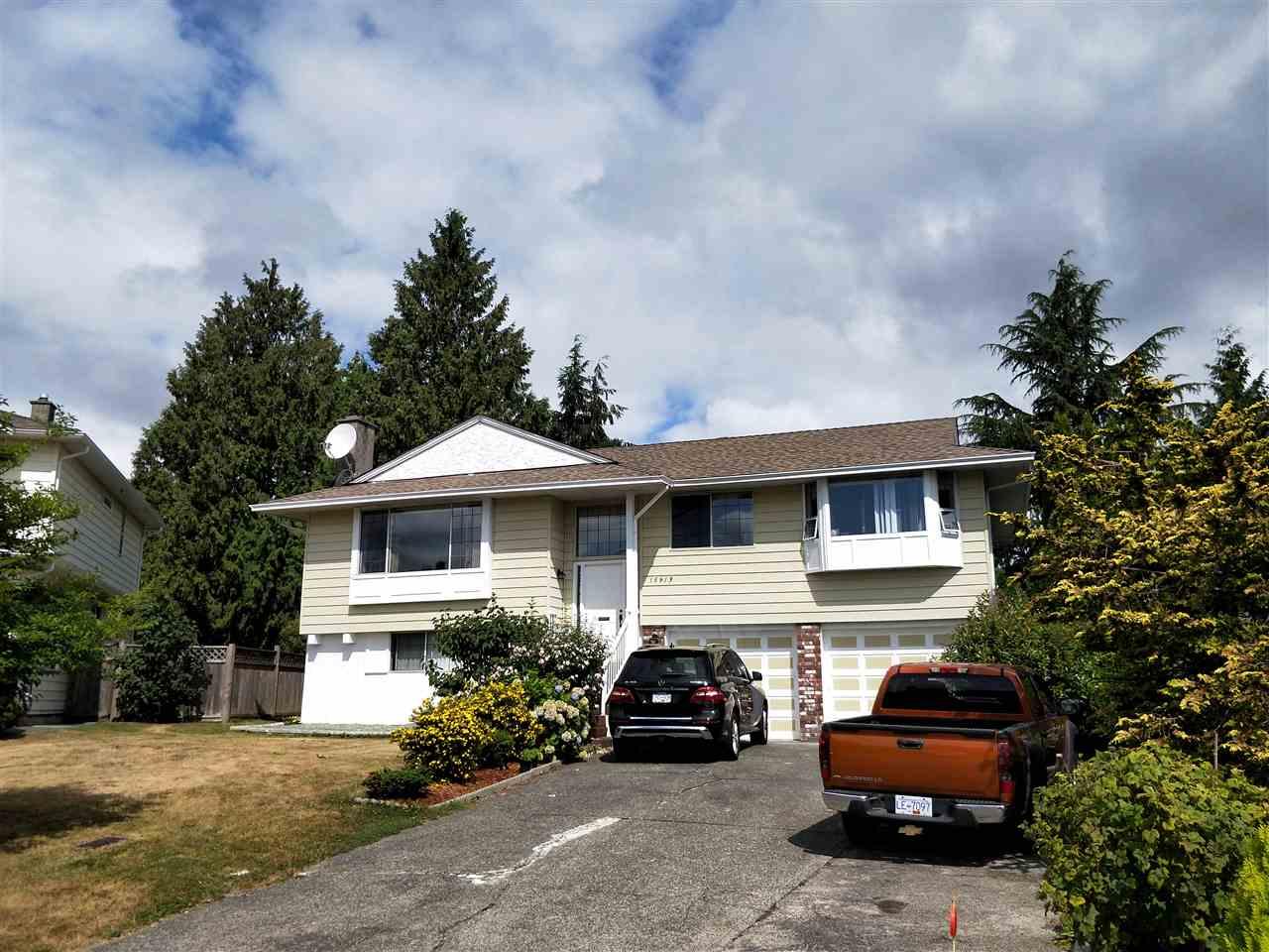 Detached at 15913 100A AVENUE, North Surrey, British Columbia. Image 1