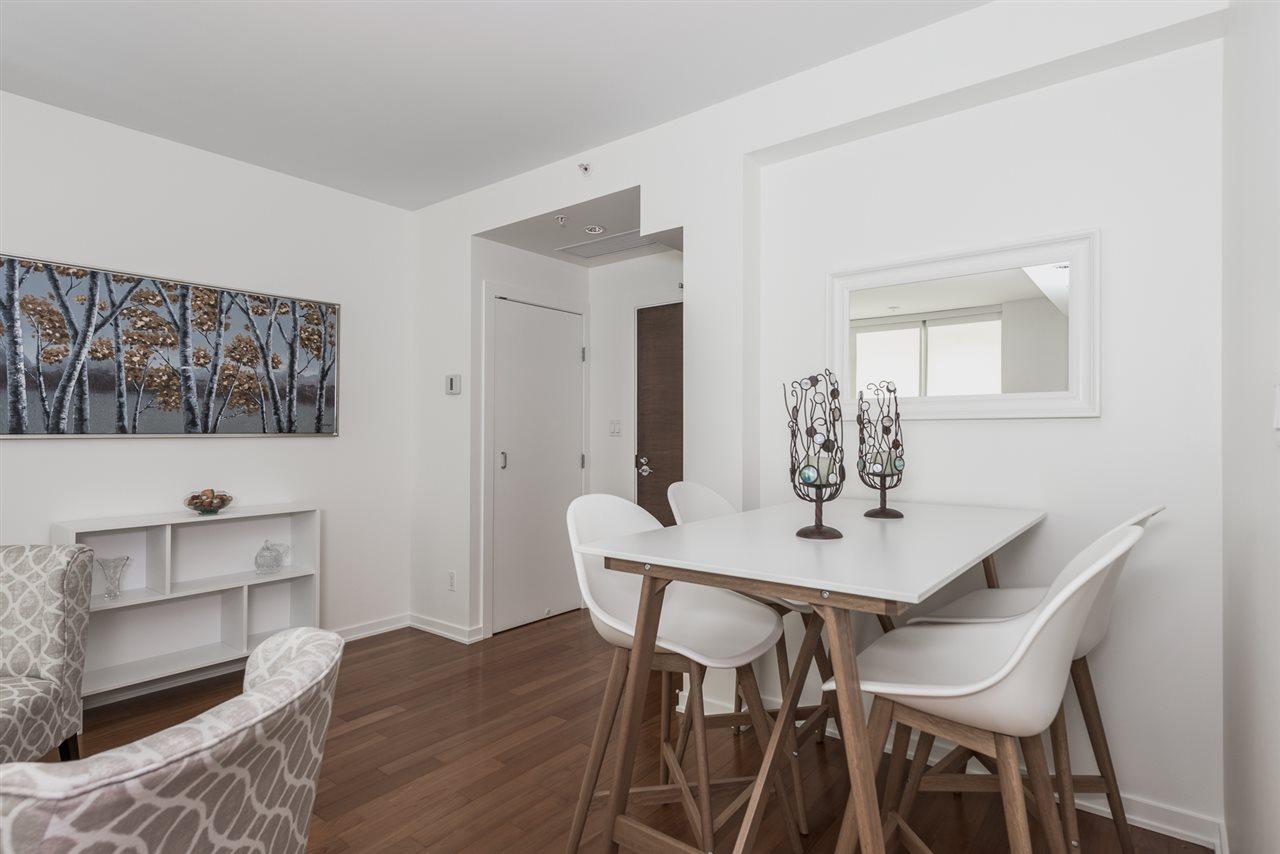 Condo Apartment at 701 1005 BEACH AVENUE, Unit 701, Vancouver West, British Columbia. Image 8