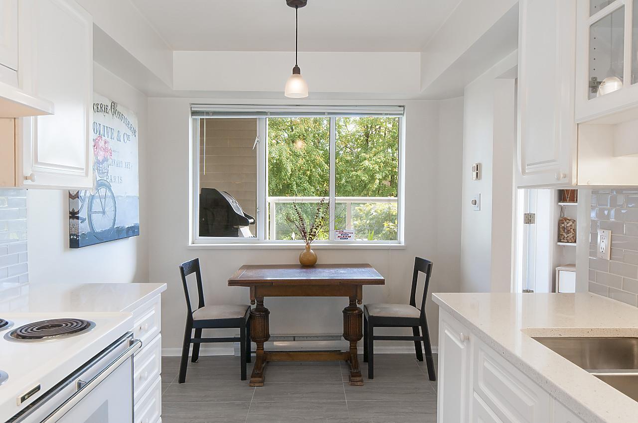 Condo Apartment at 208 789 W 16TH AVENUE, Unit 208, Vancouver West, British Columbia. Image 7