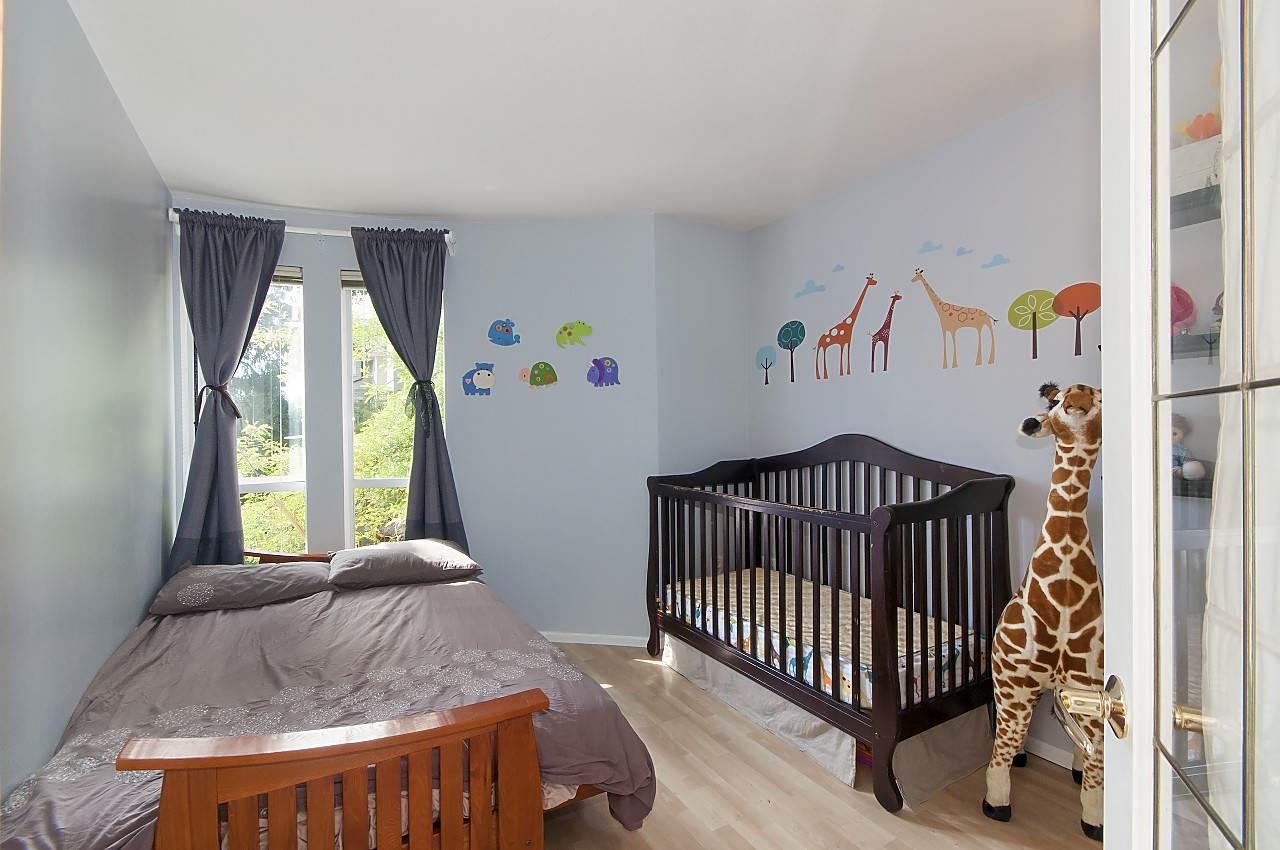 Condo Apartment at 208 789 W 16TH AVENUE, Unit 208, Vancouver West, British Columbia. Image 10