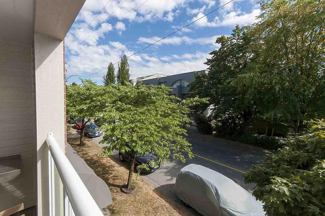 Condo Apartment at 208 789 W 16TH AVENUE, Unit 208, Vancouver West, British Columbia. Image 13