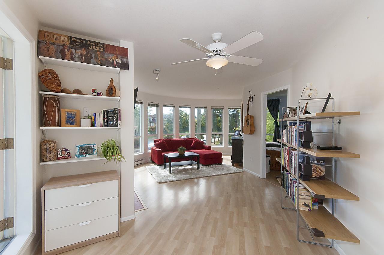 Condo Apartment at 208 789 W 16TH AVENUE, Unit 208, Vancouver West, British Columbia. Image 14