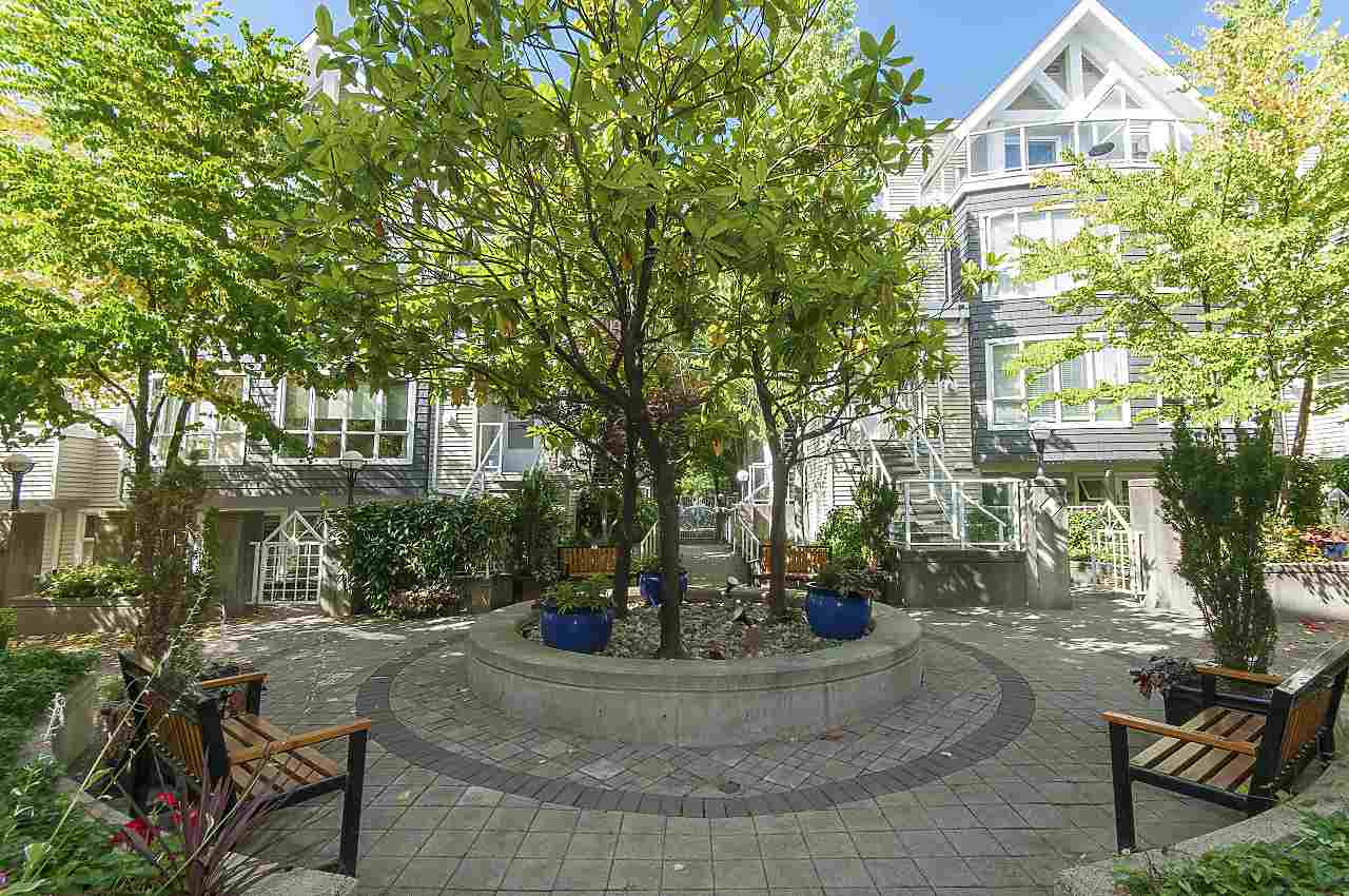 Condo Apartment at 208 789 W 16TH AVENUE, Unit 208, Vancouver West, British Columbia. Image 17