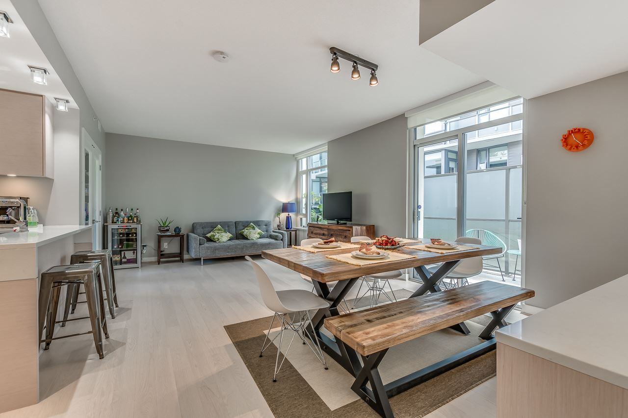 Townhouse at 4527 CAMBIE STREET, Vancouver West, British Columbia. Image 3