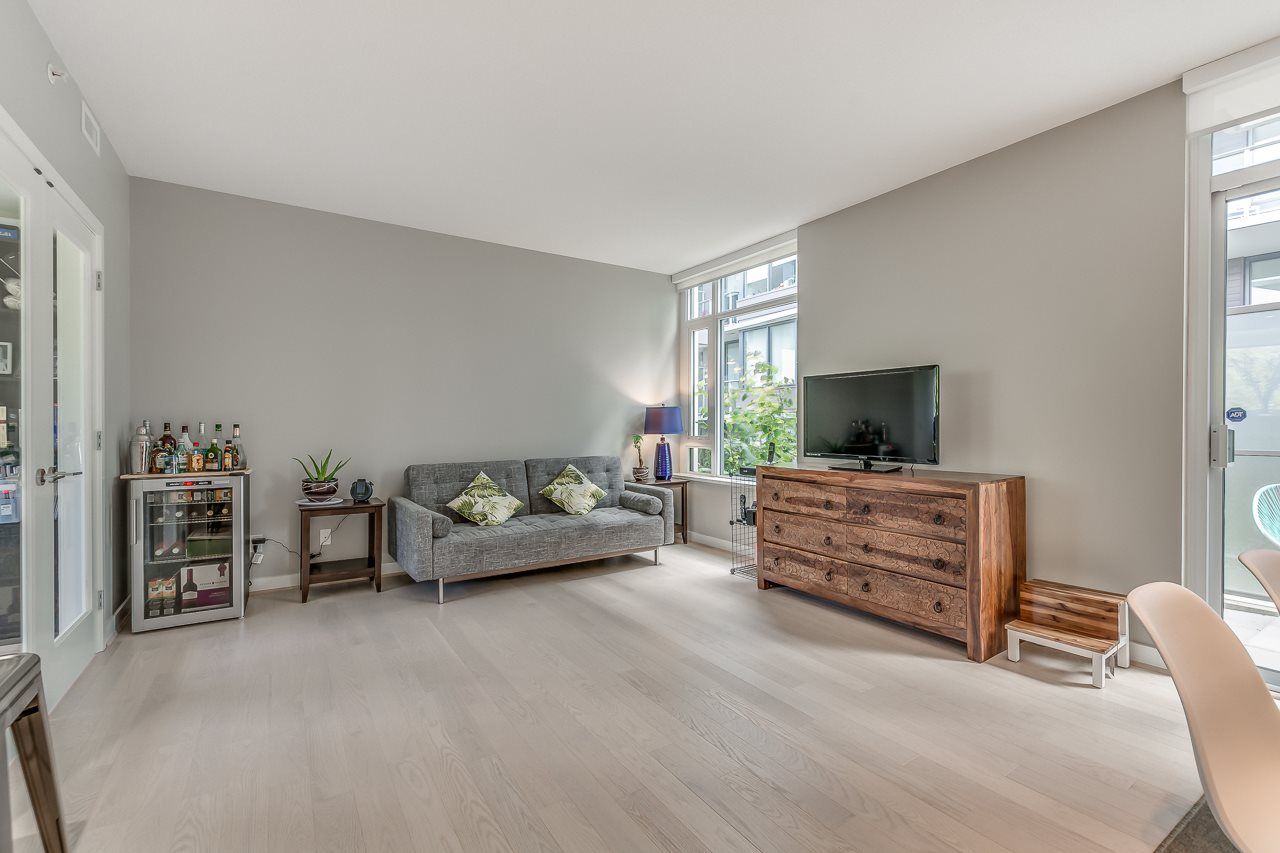 Townhouse at 4527 CAMBIE STREET, Vancouver West, British Columbia. Image 4