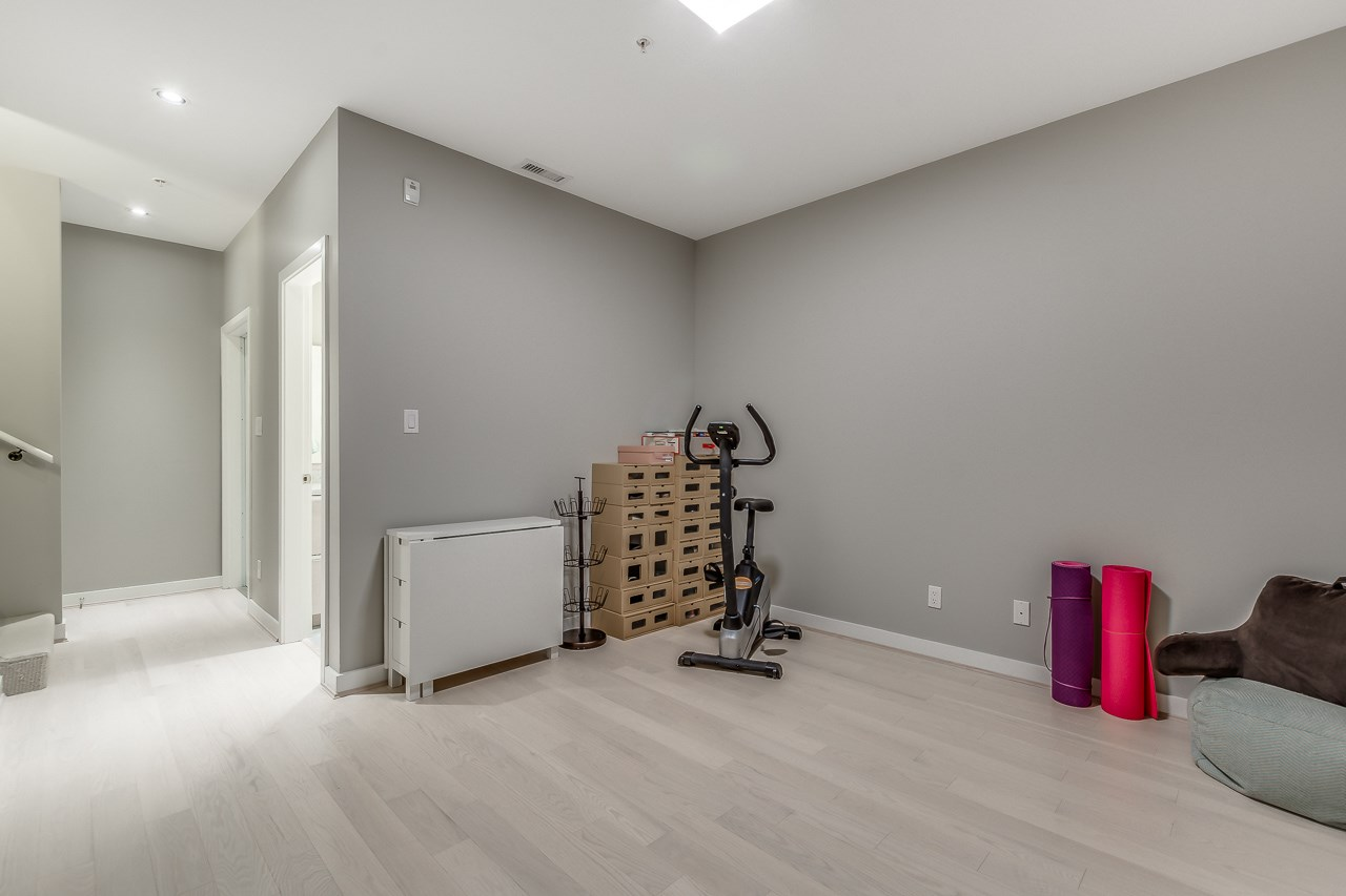 Townhouse at 4527 CAMBIE STREET, Vancouver West, British Columbia. Image 12