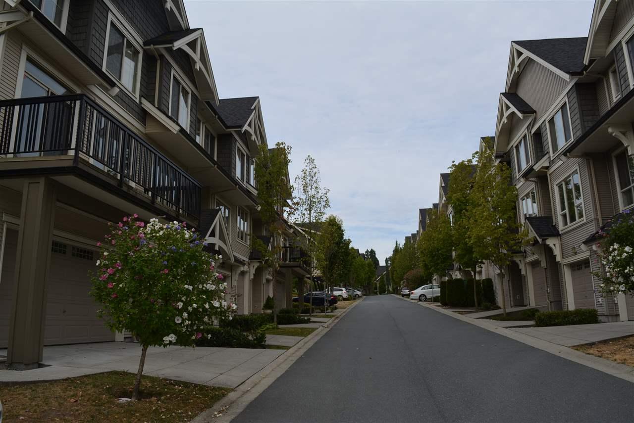 Townhouse at 140 3105 DAYANEE SPRINGS BOULEVARD, Unit 140, Coquitlam, British Columbia. Image 2