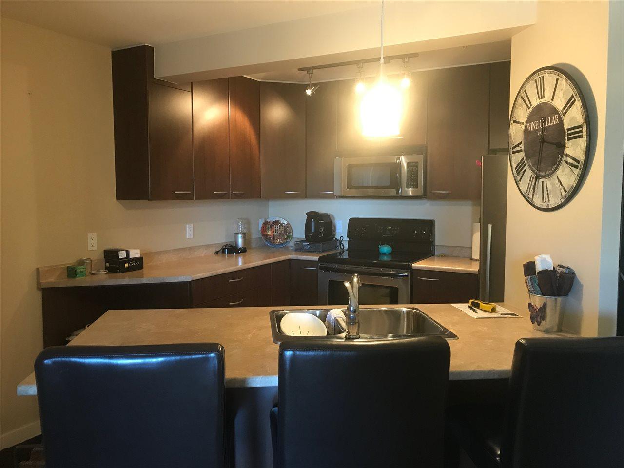 Condo Apartment at 201 5631 INLET AVENUE, Unit 201, Sunshine Coast, British Columbia. Image 8