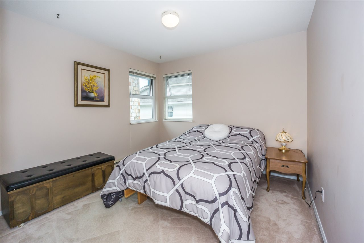 Detached at 6079 184A STREET, Cloverdale, British Columbia. Image 14