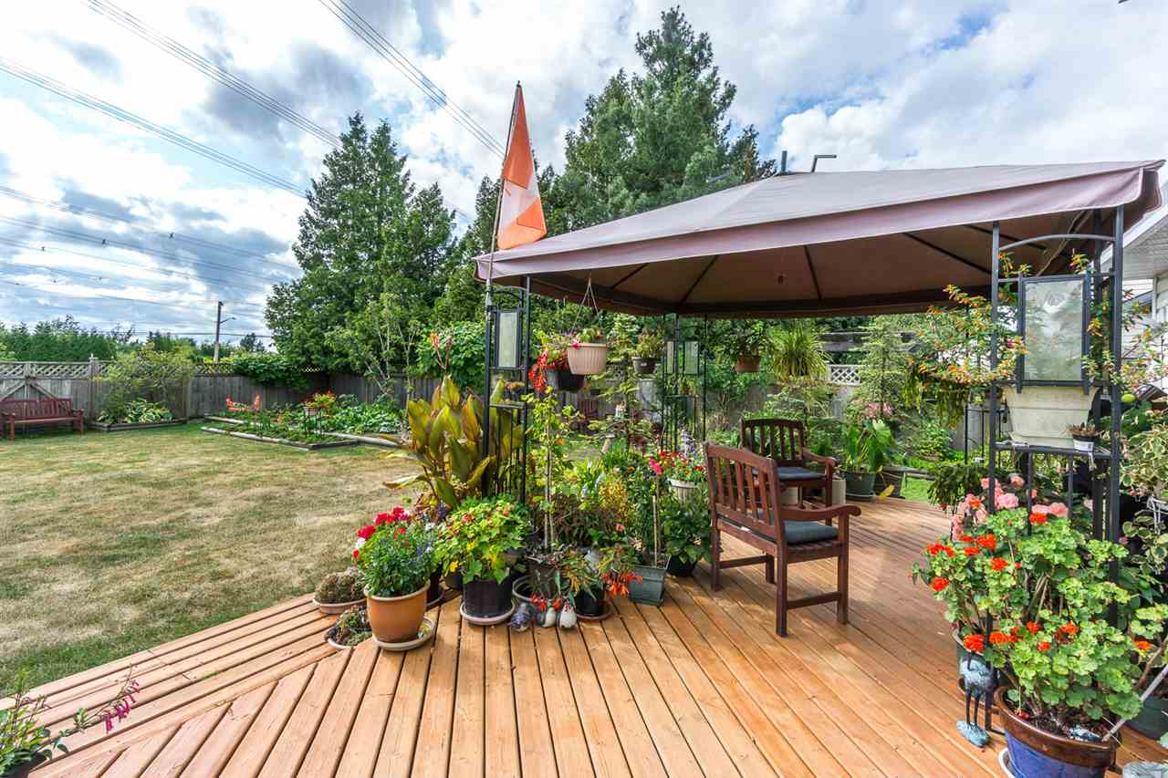 Detached at 6079 184A STREET, Cloverdale, British Columbia. Image 18