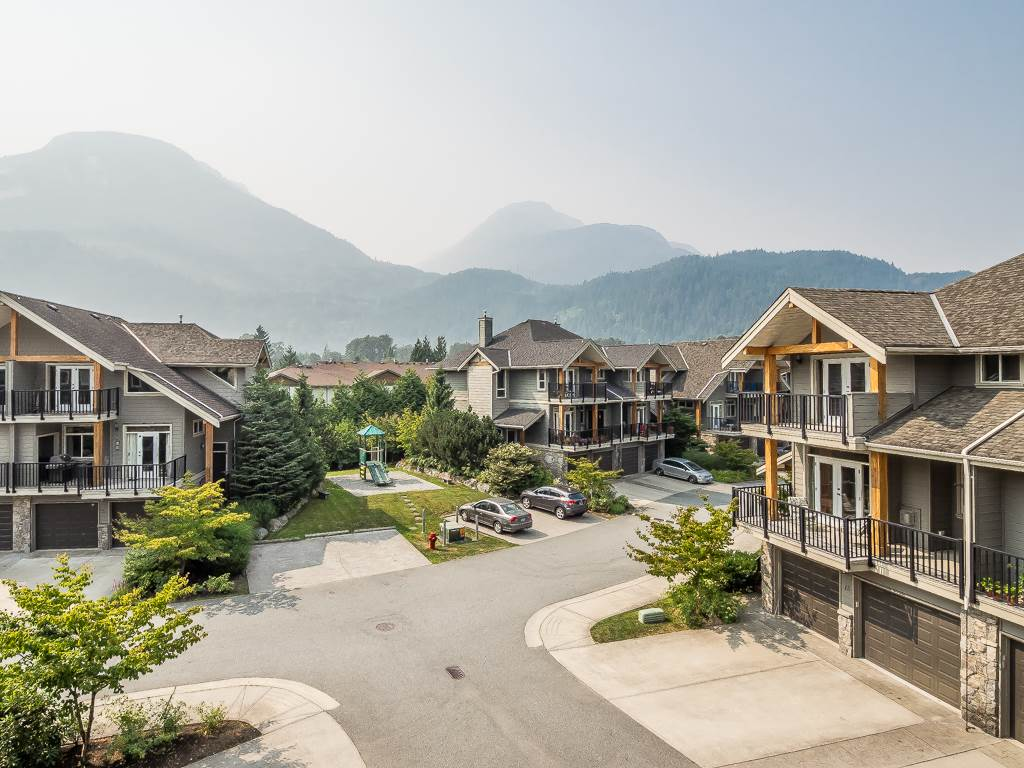 Townhouse at 3 39758 GOVERNMENT ROAD, Unit 3, Squamish, British Columbia. Image 18
