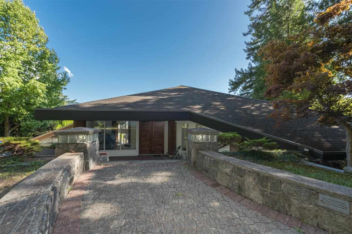 Detached at 5606 INDIAN RIVER DRIVE, North Vancouver, British Columbia. Image 14
