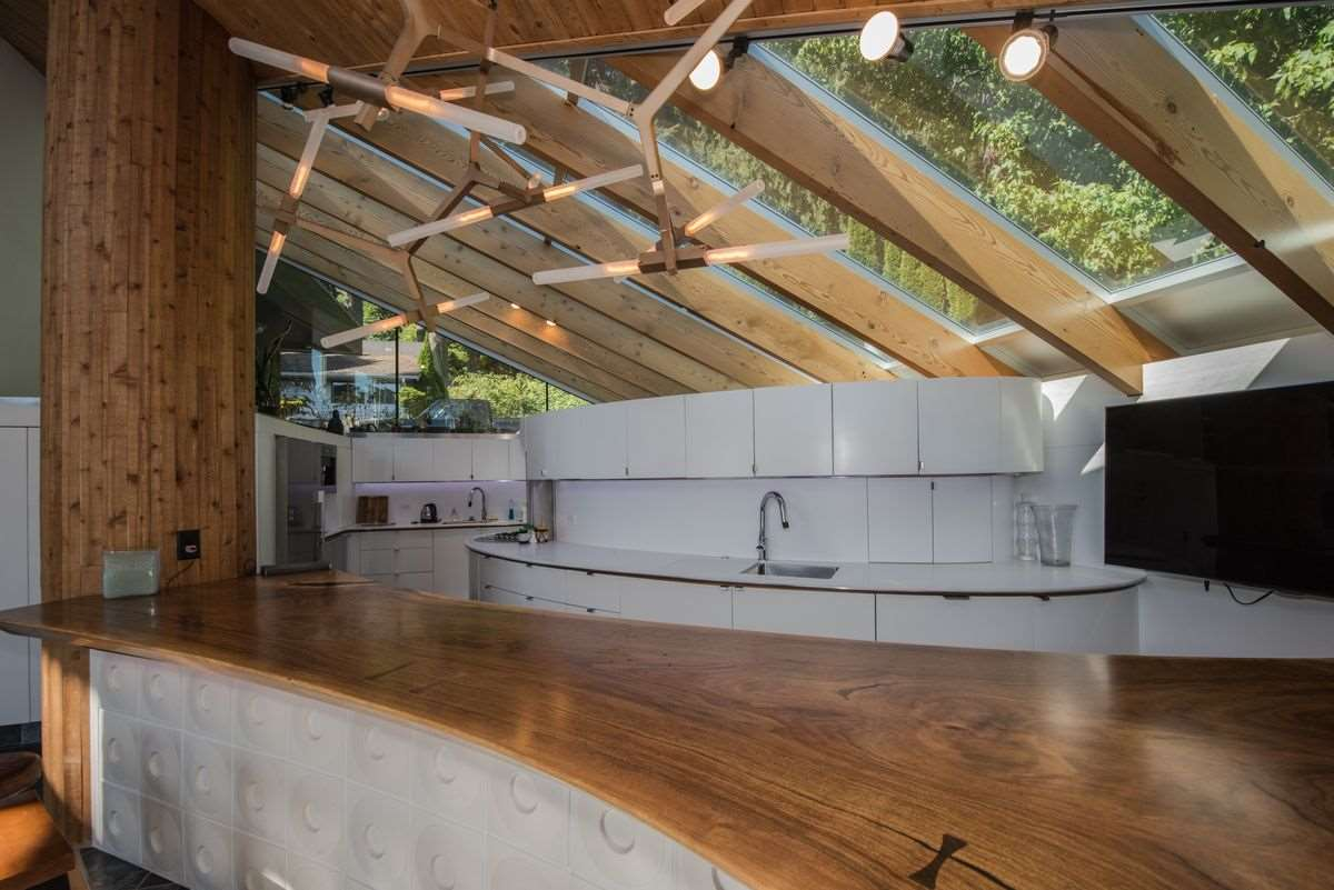 Detached at 5606 INDIAN RIVER DRIVE, North Vancouver, British Columbia. Image 16