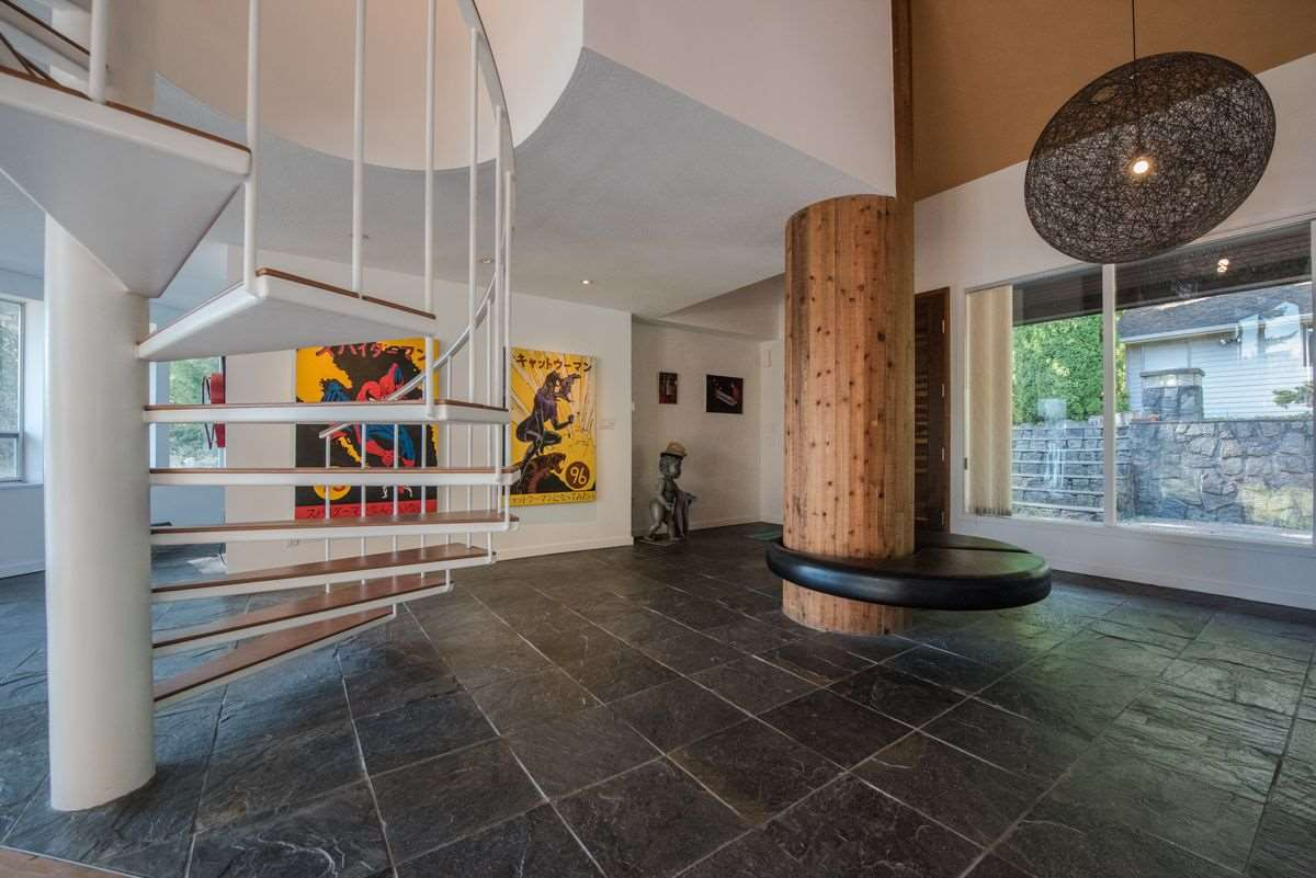 Detached at 5606 INDIAN RIVER DRIVE, North Vancouver, British Columbia. Image 18