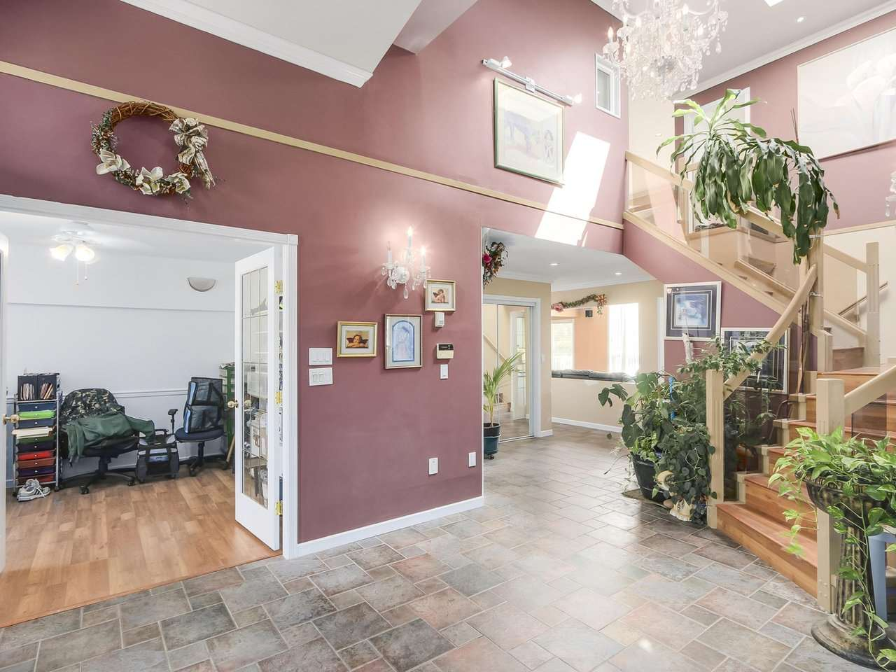 Detached at 8830 117A STREET, N. Delta, British Columbia. Image 3