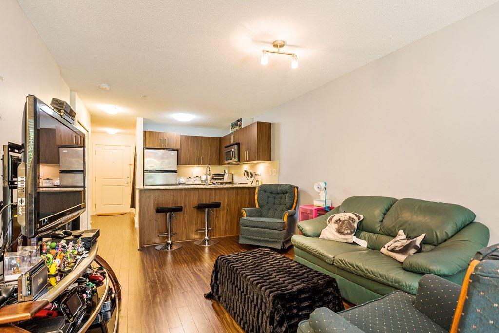 Condo Apartment at 117 8915 202 STREET, Unit 117, Langley, British Columbia. Image 2