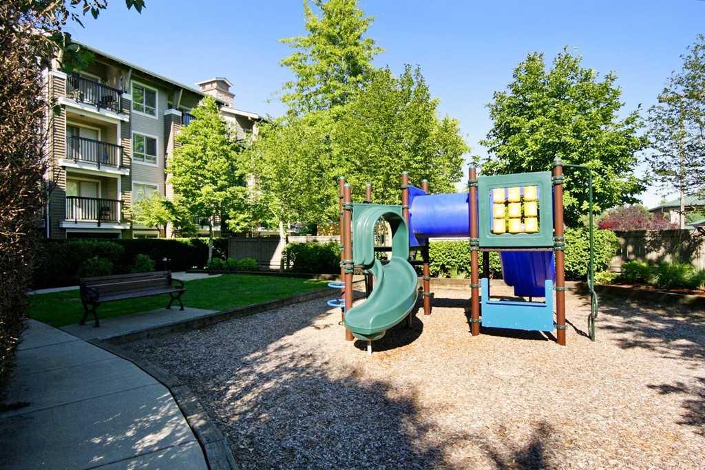 Condo Apartment at 117 8915 202 STREET, Unit 117, Langley, British Columbia. Image 15