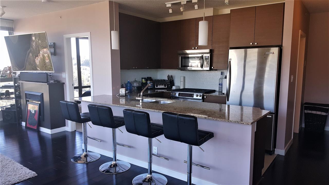 Condo Apartment at 2308 400 CAPILANO ROAD, Unit 2308, Port Moody, British Columbia. Image 3