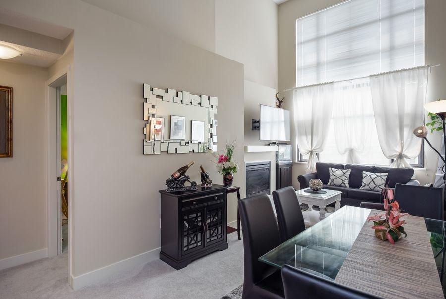 Condo Apartment at 425 10838 CITY PARKWAY, Unit 425, North Surrey, British Columbia. Image 4