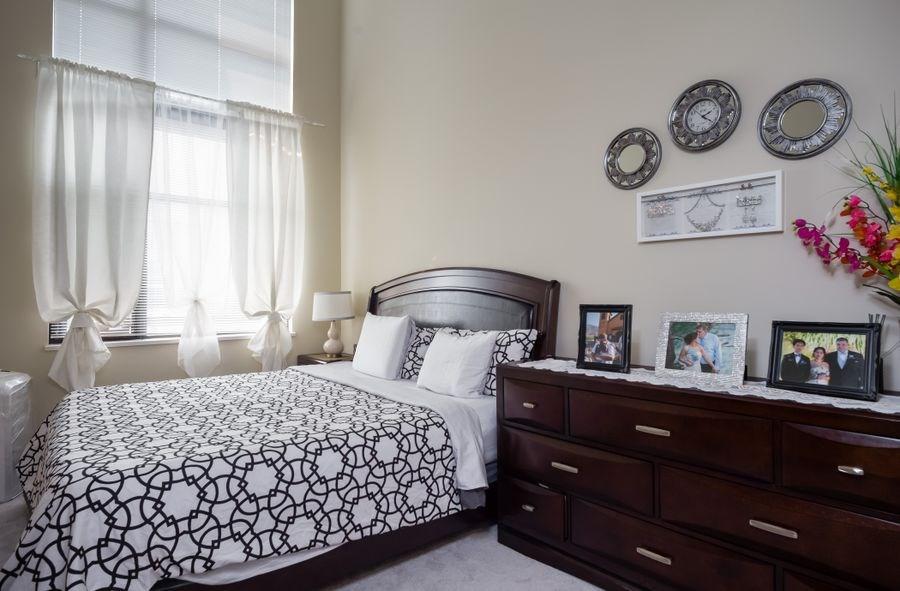 Condo Apartment at 425 10838 CITY PARKWAY, Unit 425, North Surrey, British Columbia. Image 11