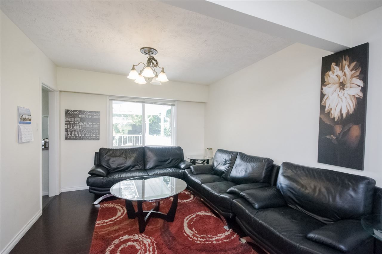 Detached at 5656 CARSON STREET, Burnaby South, British Columbia. Image 2