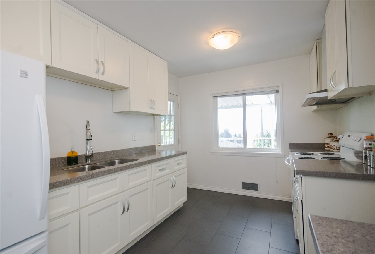 Detached at 5656 CARSON STREET, Burnaby South, British Columbia. Image 5