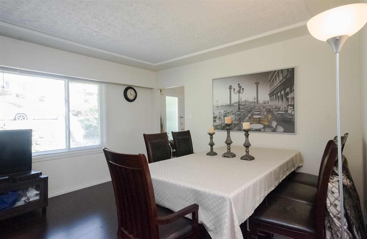 Detached at 5656 CARSON STREET, Burnaby South, British Columbia. Image 12