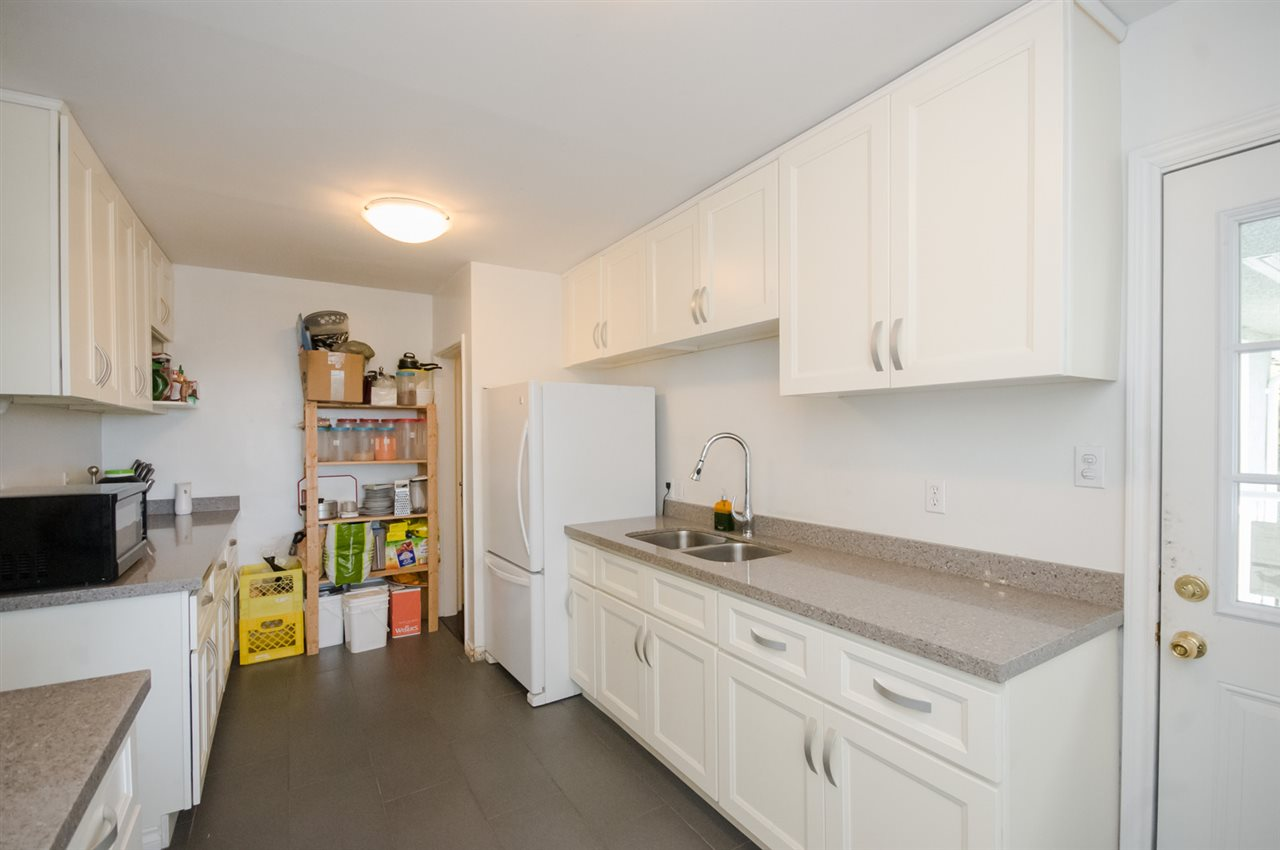 Detached at 5656 CARSON STREET, Burnaby South, British Columbia. Image 15