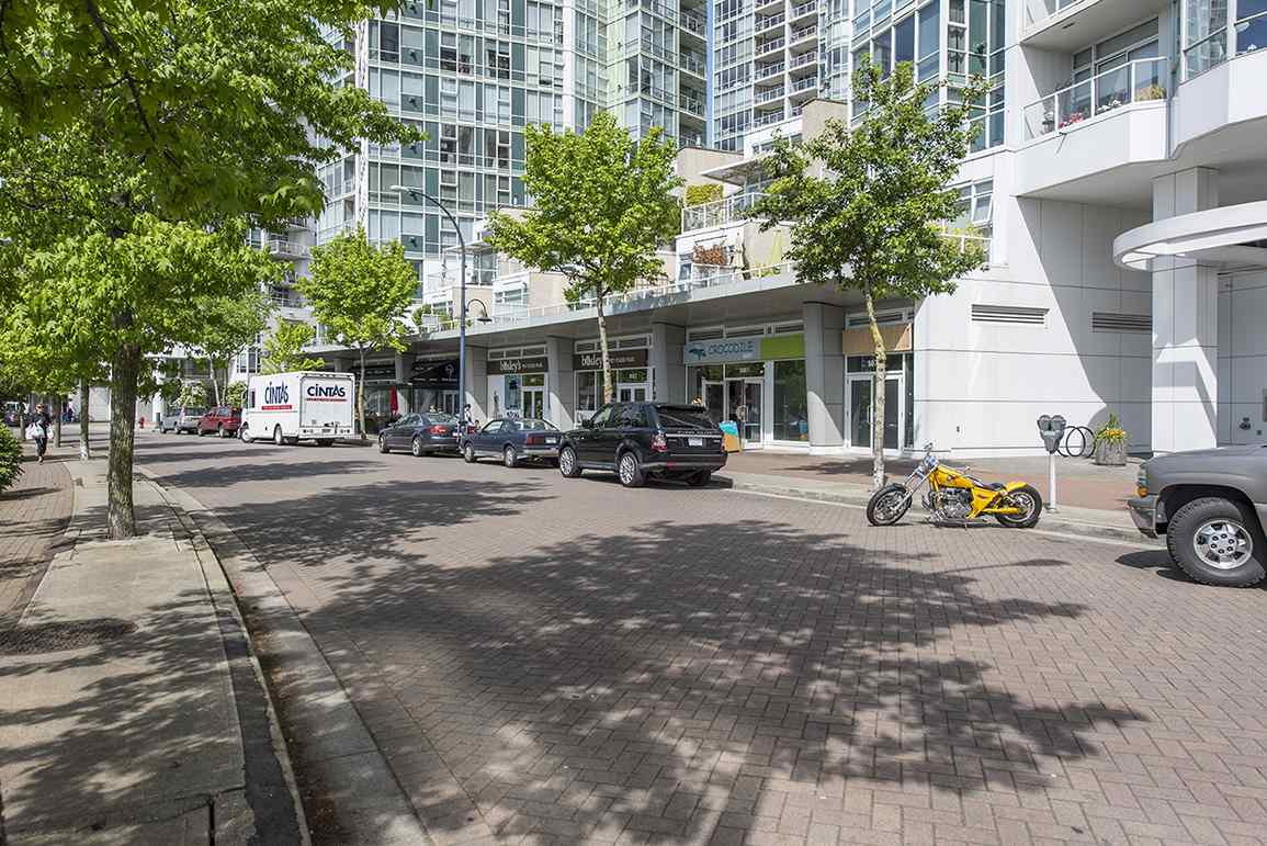Other at E2 1088 MARINASIDE CRESCENT, Unit E2, Vancouver West, British Columbia. Image 8