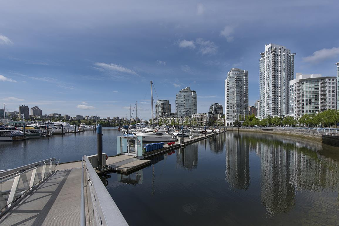 Other at E2 1088 MARINASIDE CRESCENT, Unit E2, Vancouver West, British Columbia. Image 9