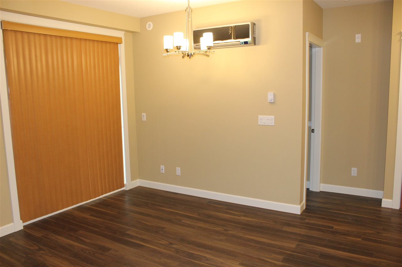 Condo Apartment at 232 2860 TRETHEWEY STREET, Unit 232, Abbotsford, British Columbia. Image 4