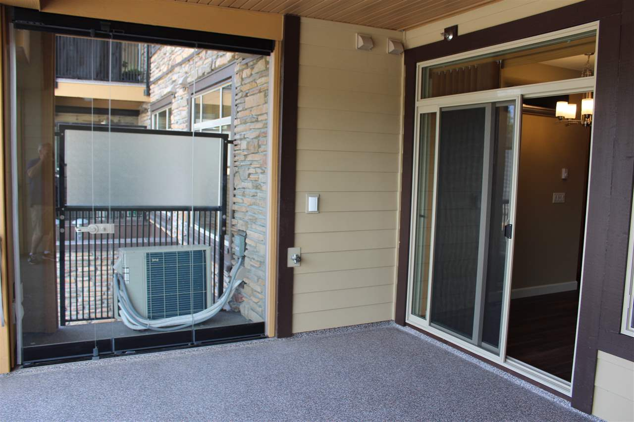 Condo Apartment at 232 2860 TRETHEWEY STREET, Unit 232, Abbotsford, British Columbia. Image 6