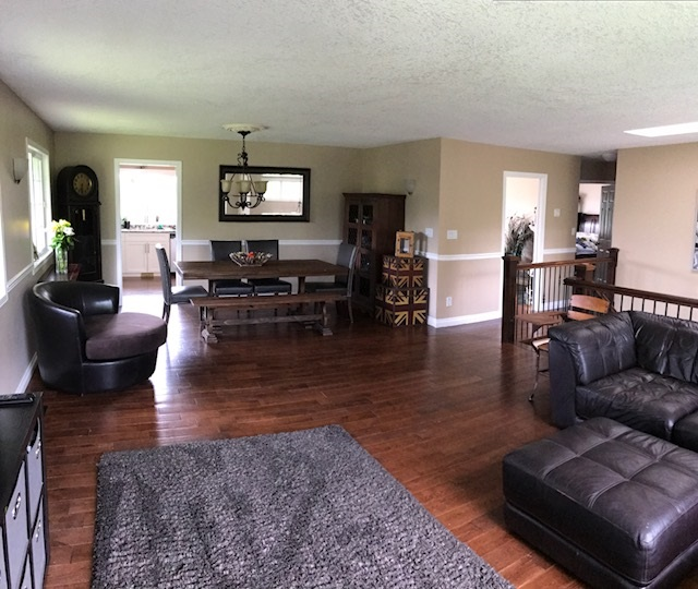 Detached at 22964 OLD YALE ROAD, Langley, British Columbia. Image 14