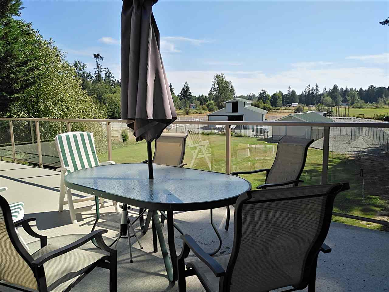 Detached at 22964 OLD YALE ROAD, Langley, British Columbia. Image 20