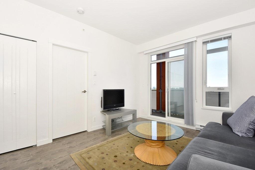 Condo Apartment at 428 10880 NO. 5 ROAD, Unit 428, Richmond, British Columbia. Image 5