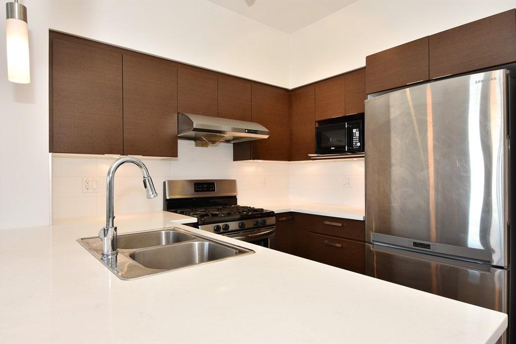 Condo Apartment at 428 10880 NO. 5 ROAD, Unit 428, Richmond, British Columbia. Image 9