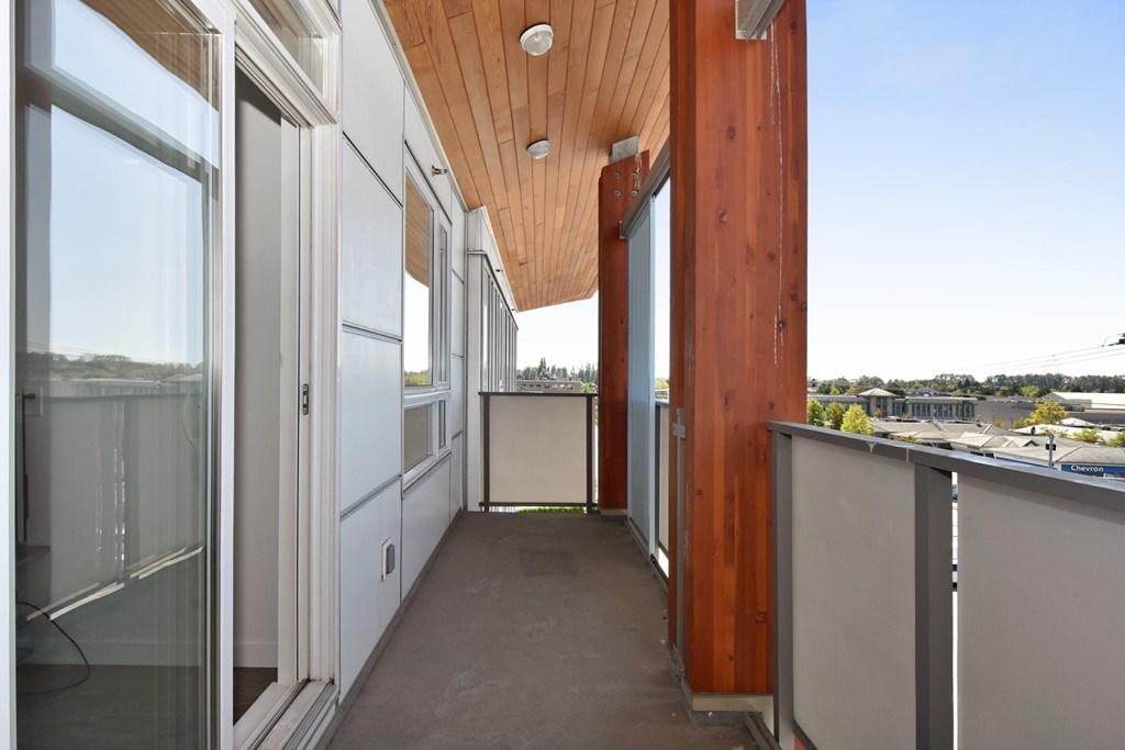 Condo Apartment at 428 10880 NO. 5 ROAD, Unit 428, Richmond, British Columbia. Image 19